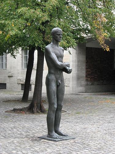 July 20th, Berlin, statue